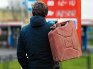 Бензин в Беларуси может стать дороже для перевозчиков не из СНГ
