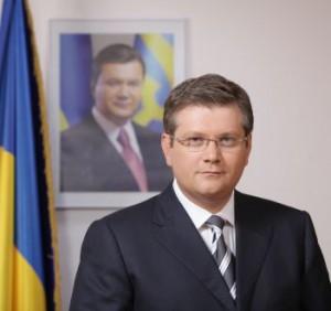 Украинский вице-премьер Александр Викул отказался говорить по-украински