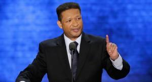 Дэвис нанёс удар Митту Ромни на Конференции консервативного политического действия