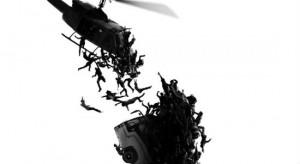 Новый постер «Войны миров Z»: зомби атакуют с вертолётов