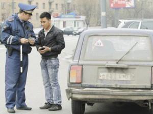 Московским инспекторам ДПС запретили общаться с водителями без камер