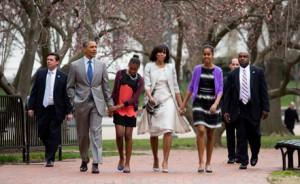 Президент США Барак Обама принял участие пасхальном богослужении в Епископальной церкви около Белого дома