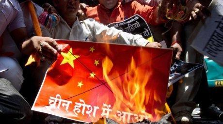 Индия и Китай начали вывод войск