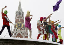 Организаторы фестиваля Maailma kylassa анонсировали участие в нем Pussy Riot