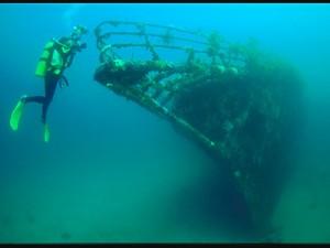 Водолазы МЧС нередко находят старинные корабли, очищая дно моря в Анапе от мусора