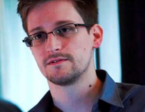 Агент Сноуден может стать советником в СовФеде РФ