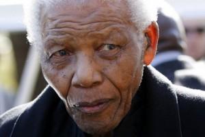 Нельсон Мандела в критическом состоянии
