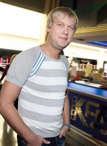 Полиция пришла в ресторан Сергея Светлакова