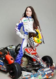 Юная гонщица мечтает о Формуле-1 и почти разорила свою семью