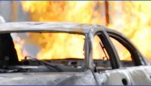 В Великом Новгороде взорван BMW