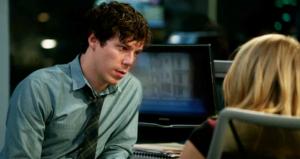 """Весь эпизод происходит в течение одного прямого эфира """"Ночи новостей"""", он происходит через шесть месяцев после возвращения Мэгги из Африки и Джима с дороги."""