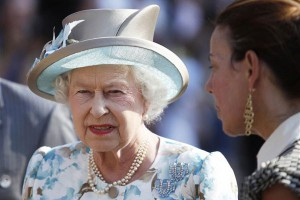 Джон Кей проведёт уикенд с королевой