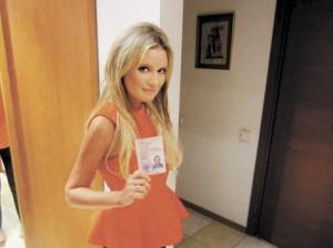Знаменитой блондинке Дане Борисовой вернули автоправа, которые были изъяты за езду в пьяном виде