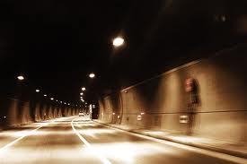 2 полосы движения в туннеле Каср Аль Бахр в Абу-Даби будут закрыты