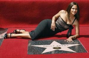 Голливудская звезда Холли Берри стала мамой у актрисы родился сын