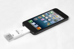 Корпорация Apple выпустила на рынок i-флэшку