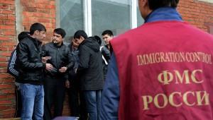 Мигранты из Таджикистана смогут работать в России в течение трех лет