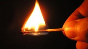 Москвич пытался сжечь бывшую жену