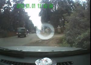 Видео происшествия, в котором автомобиль сбивает бабушку, набирает просмотры в сети