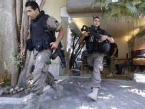 Похищенные в Ливане граждане Германии арестованы после освобождения