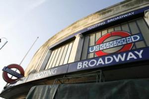 """""""Транспорт для Лондона"""" предписывает горожанам  ходить вместо того, чтобы пользоваться метро"""