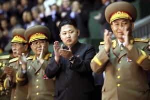 Лидер КНДР призывает военных готовиться к войне без предупреждения