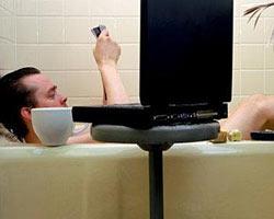 Принятие ванны с ноутбуком стало причиной смерти жителя Иркутска