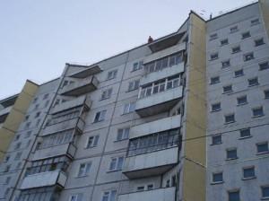 16-и летний мальчик упал с крыши 9-и этажного здания в Челябинске