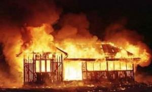 Пожар в частном доме под Челябинском стал причиной смерти пяти человек