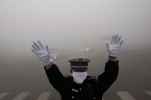Власти Пекина объявили повышенный уровень угрозы из-за ядовитого смога
