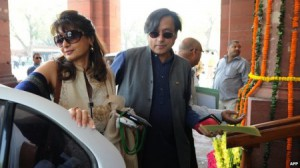 Жена министра Индии, которая подозревала его в измене, найдена мертвой