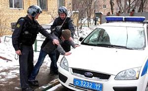 В Москве полицейские ранили гражданина, угрожавшего им точной копией автомата
