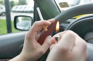 Парламент Британии официально запретил курить в автомобилях в присутствии детей