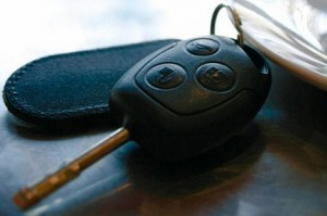 Женщина погибла под колесами собственного автомобиля в Самаре
