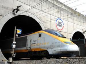 Движение поездов в тоннеле Ла-Манш закрыто из-за пожара