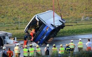 В Чехии перевернулся автобус перевернулся в Чехии