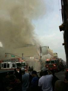 В центре американского города Нью-Йорк прогремел взрыв