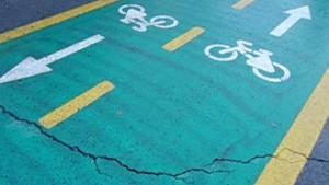 Водители на перекрестках будут обязаны уступать дорогу велосипедистам