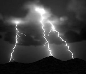 Американские ученые покорили молнии, создав новое оружие