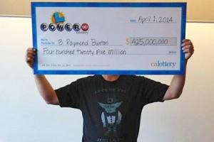 Пенсионер из Калифорнии выиграл в лотерею 425 миллионов долларов