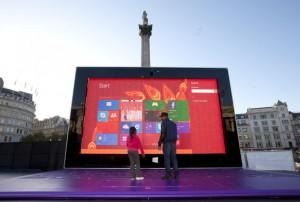 Microsoft анонсировала свой самый большой планшет