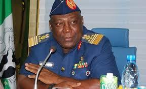 Военные запрещают распространение крупных нигерийских газет