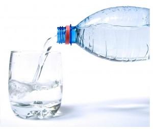 Исследователи утверждают: вода с сахаром концентрирует внимание
