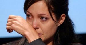 Анджелина Джоли употребляла наркотики