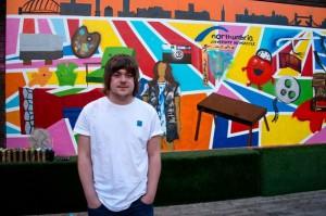 Выпускник Нортумбрии вторгся в художественное пространство Лондона с граффити