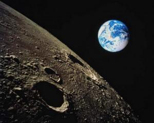 В 100 млрд. рублей оценили российские ученые пилотируемый полет на Луну