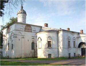 В Великом Новгороде начались работы по реставрации храма