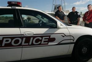 Пьяный канадец протаранил одновременно четыре полицейские машины