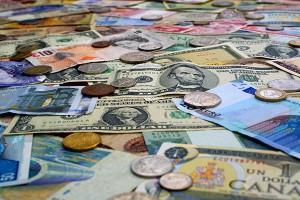 Дмитрий Медведев: ограничений на продажу валюты вводить не будут