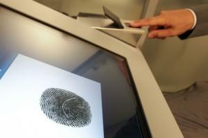 Госдума обяжет россиян проходить биометрическую регистрацию